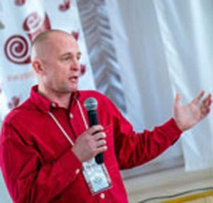 Алексей Пустовалов