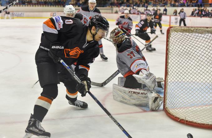 «Молот-Прикамье» обыграл хоккеистов изНовокузнецка